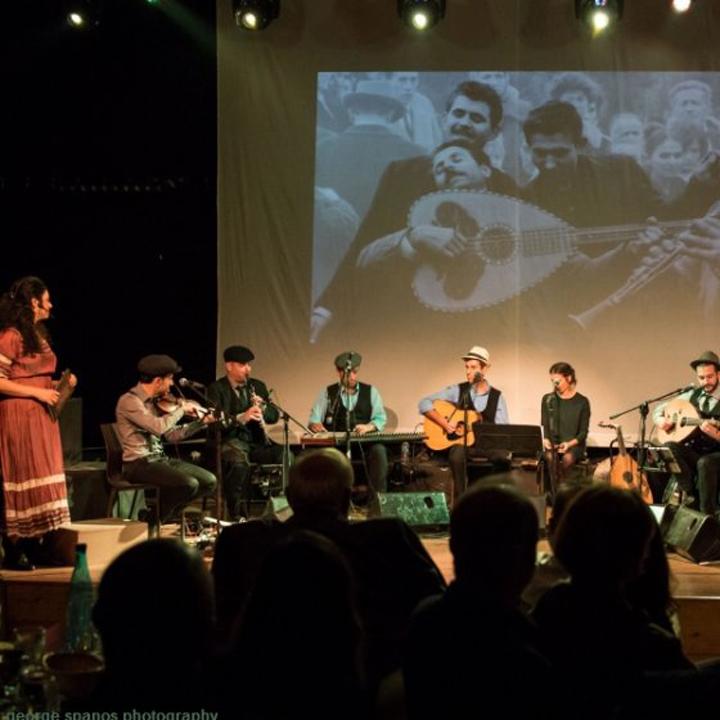 Τακίμ Καφέ Αμάν «Η Ελληνική Απόλαυσις» στο Δημοτικό Θέατρο Πειραιά