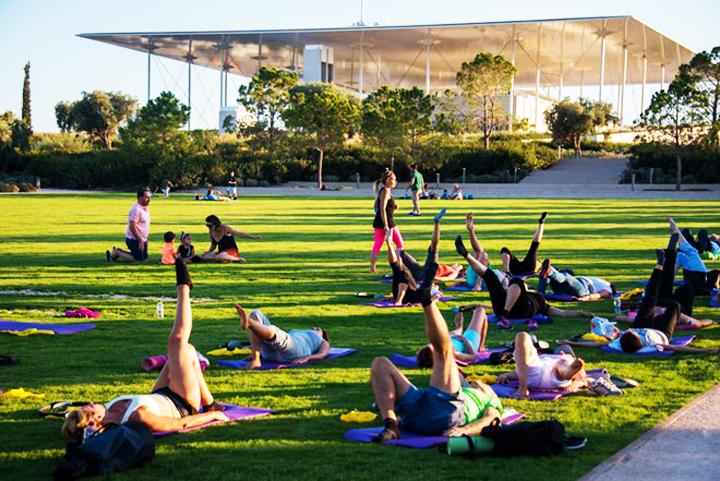 Yoga στο Πάρκο Σταύρος Νιάρχος