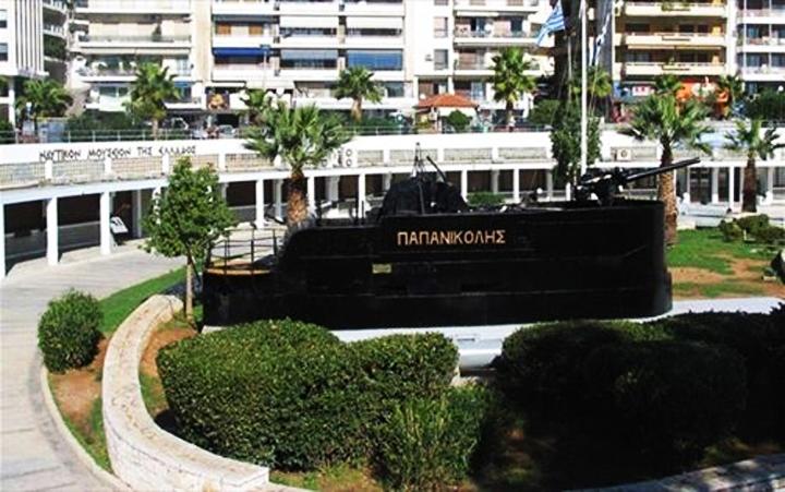 Ξενάγηση στο Αρχαιολογικό Μουσείο Πειραιά και το Ναυτικό Μουσείο στη Ζέα