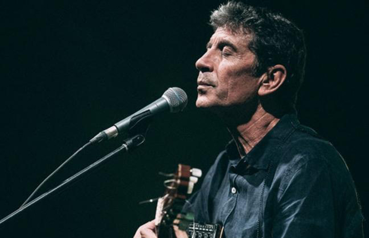 Σωκράτης Μάλαμας – Acoustic Live στο Βεάκειο Θέατρο Πειραιά